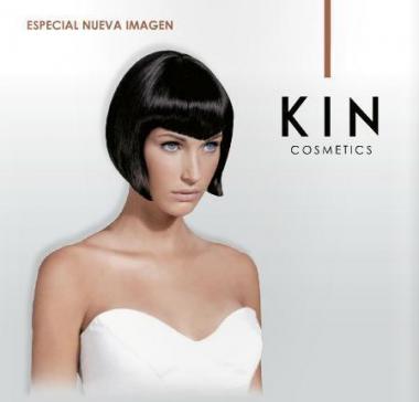 KIN Cosmetics Logós fodrászkellékek ajándékba is kapható közepes csomagja